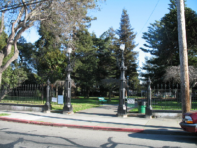 park_gates1