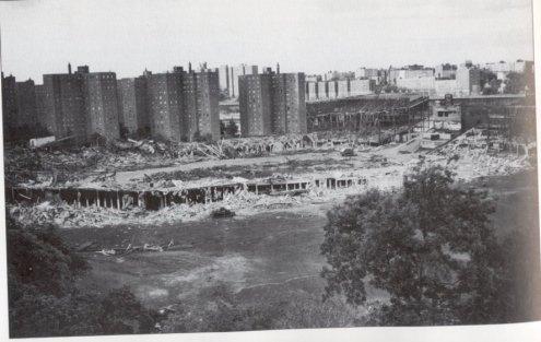 polo-grounds-demo-sept-1964